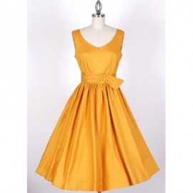 Vintage V-Neck Solid Color Pleated Sleeveless Dress For Women